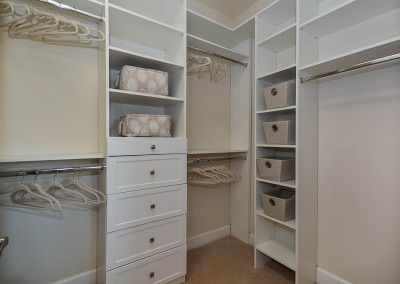 model_3_MLS_HID1057241_ROOMmasterbedroomcloset